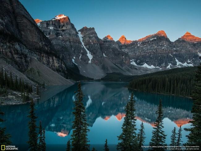 Lake-Moraine-Alberta-Canada-1024x768